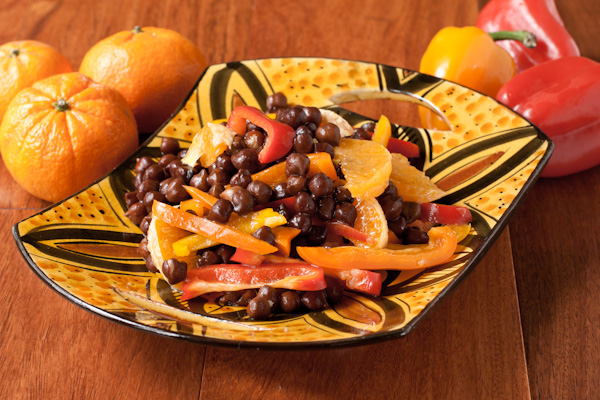 Black garbanzo bean and pepper salad