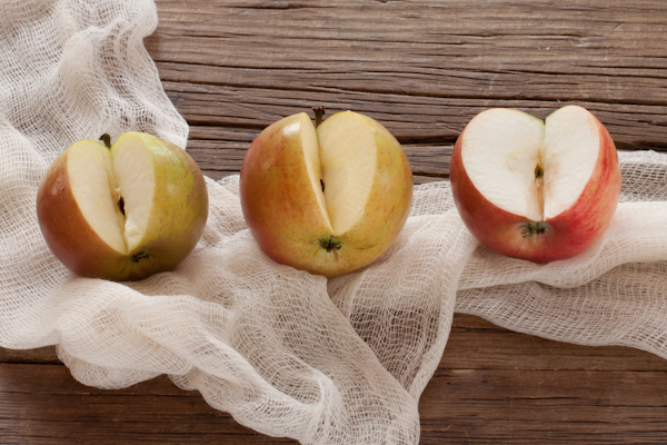 3 types of Heirloom Apples | Recipe Renovator