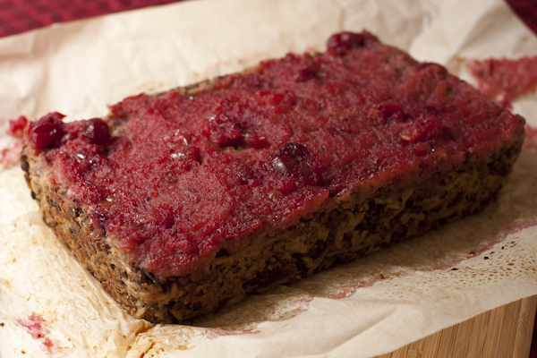 Stuffing Neat Loaf with Cranberry Sauce Glaze