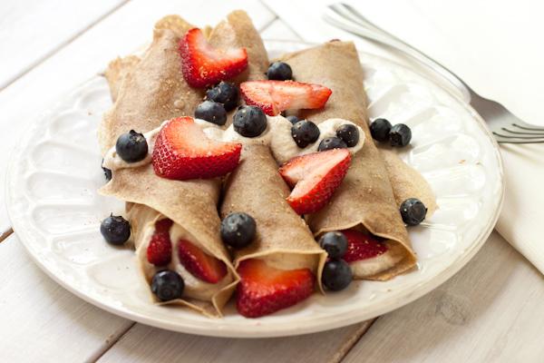 Breakfast berry crepes   Migraine-friendly recipe