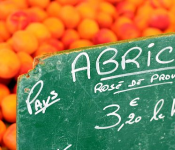 Articles on local produce, CSAs. Farmer's Markets
